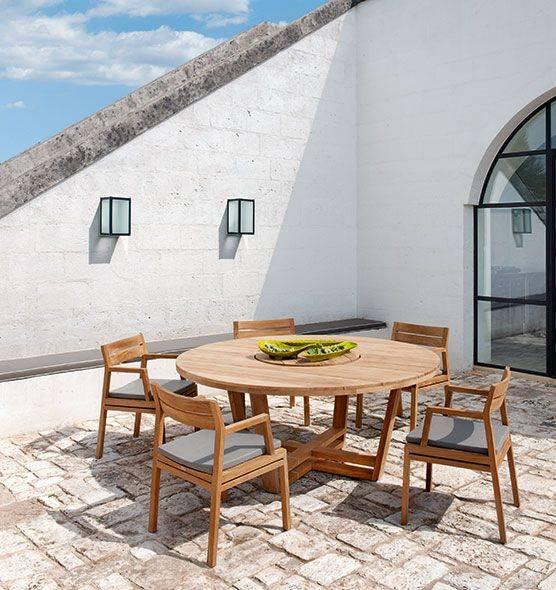 Table de jardin design, en teck, avec plateau central ...